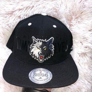 Black Timberwolves Snapback